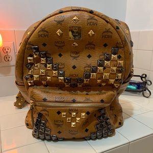 MCM stark studded med leather Backpack